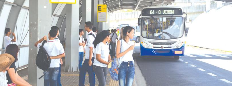 TRANSPORTE COLETIVO: Mesmo com R$ 2,9 mi de subsídio, passagem sobe