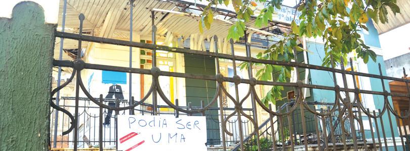 EM PROCESSO DE TOMBAMENTO: Casarão histórico que pegou fogo é alvo de protesto no Centro