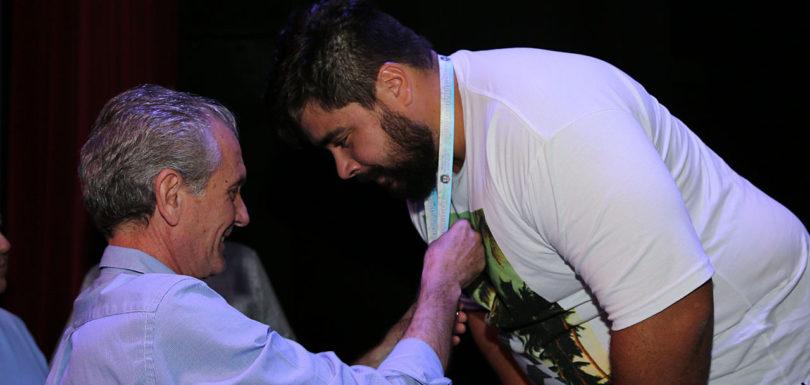 JOGOS REGIONAIS: Atletas que conquistaram pódio são premiados
