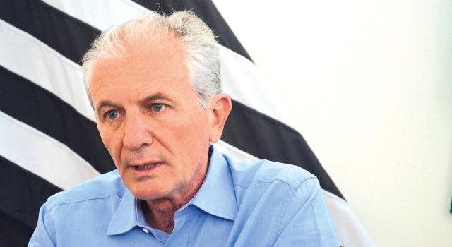 ENTREVISTA: Botion diz que vai cumprir plano