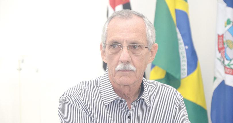CRISE FINANCEIRA NA PREFEITURA: Servidores falam que faltam materiais