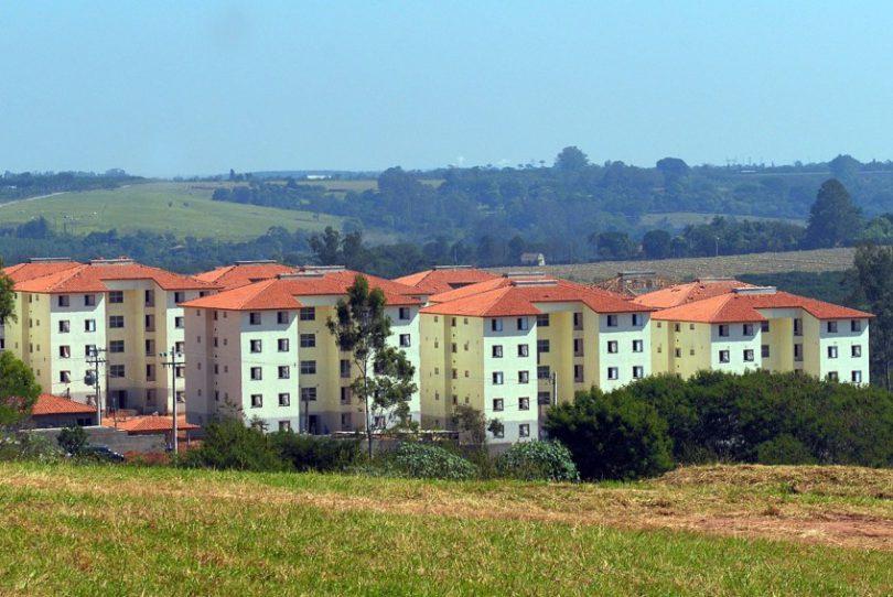 Residencial Rubi: escola recebe matrículas e transferências