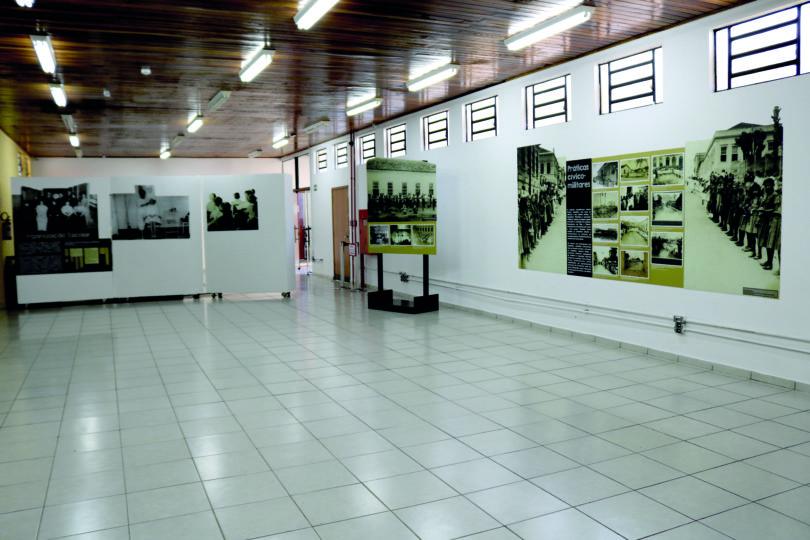 MUSEU E GRUTA: exposições trazem educação e mulheres
