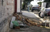 OBASTÁCULOS : Calçadas desafiam a mobilidade
