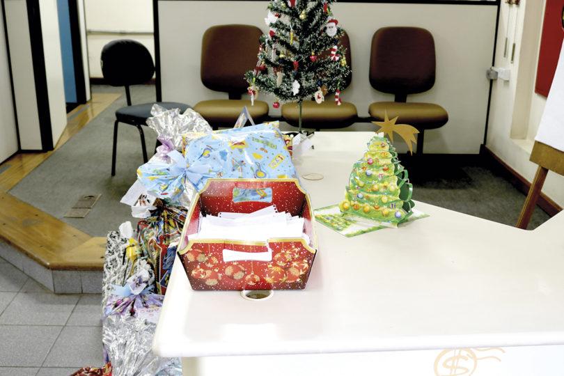 NOS CORREIOS: Papai Noel espera por 'cartinhas'