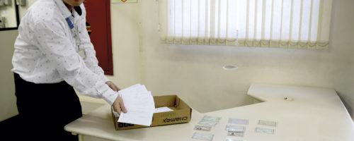 ACHADOS E PERDIDOS: Correios têm 42 documentos no serviço