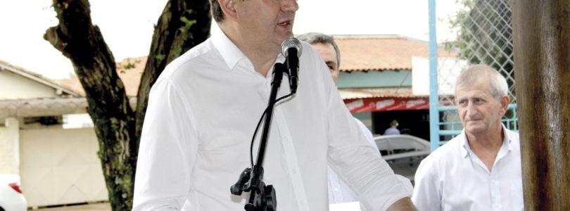 CORDEIRÓPOLIS: Adinan diz que é candidato à reeleição