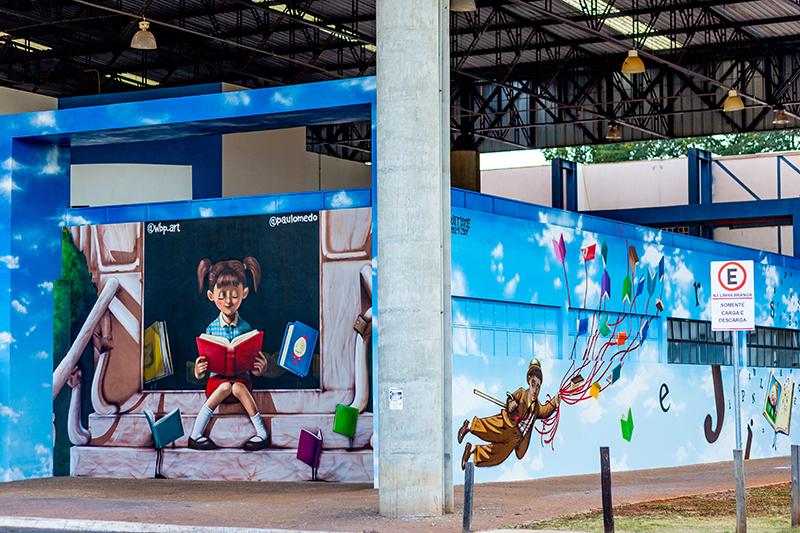 PEDAGÓGICA: Biblioteca tem murais de artistas limeirenses