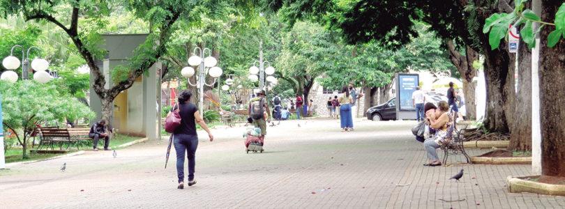 ISOLAMENTO SOCIAL: País vive briga política, diz contador