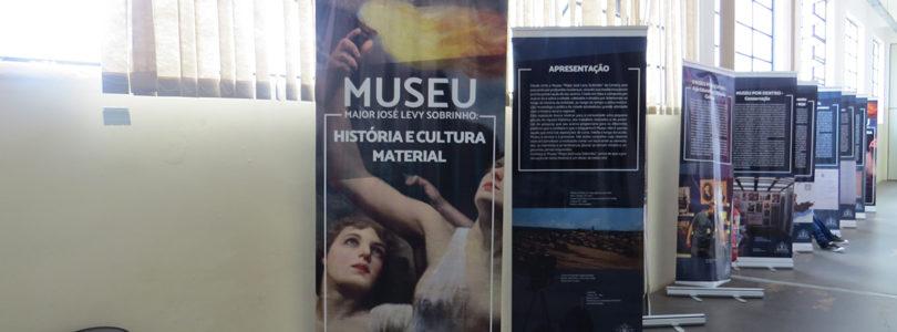NO PRADA: Museu conta sua rica história em 20 painéis